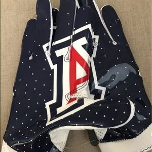 🆕Nike Superbad 4 Arizona Wildcats PE gloves